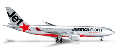he524278-herpa-wings-jetstar-a330-200-1500-regvh-ebr-model-airplane