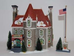 Department 56 Christmas In The City ''The Consulate'' (Set of 2)
