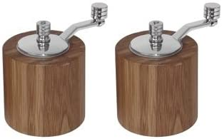 WIN-WARE Salt and Pepper Mill Shaker/Grinder Set. Bamboo material adds style and sophistication to your dinner table.
