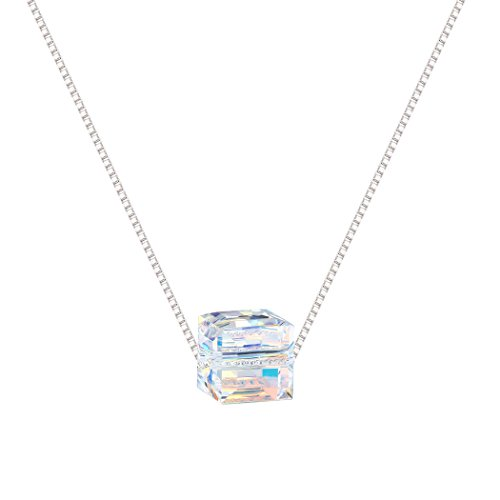 Very pretty Crystal Necklace...