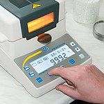 Moisture Analyzing Balance PCE-MA 110 Gravimetric Loss on Drying (LOD) Halogen-Heated Oven Determines Water Content of Food, Biomass, Resin, Soil, Wood, Pellets, Granules, Seeds, Powders and Pastes