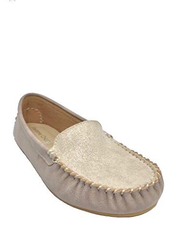 - MADAME CHLOE Classic Women's Soft Comfort Slip On Flat Shoes (8.5 B(M) US, Suede Beige)