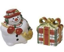 Fitz and Floyd Plaid Christmas Salt & Pepper (yr 2000)