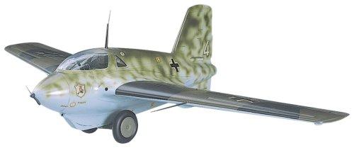 Messerschmitt Me-163B Komet Luftwaffe Rocket Fighter 1/32 Hasegawa