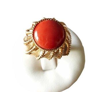 Bague Or jaune 18carats (750/000) avec corail rouge naturel 13mm gr. 11,20