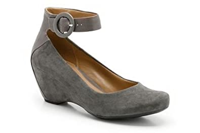 db055c8b35 Image Unavailable. Image not available for. Colour: Womens Clarks Shoes ...