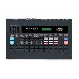 YAMAHA RX-7 Rhythm machine Drum machine (880 Drum Machine)