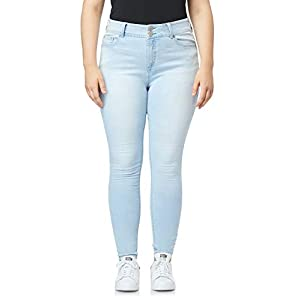 Women's Juniors Luscious Curvy Skinny Jeans