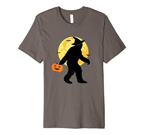 Bigfoot Witch Halloween Costume T-shirt Trick Or Treat Moon