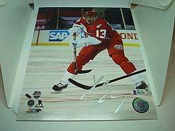 Datsyuk Signed Detroit Red Wings - Pavel Datsyuk Signed Detroit Red Wings 8x10 Picturegraph Signed - Beckett Authentication