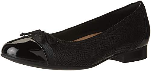 CLARKS Women's Un Blush Cap Black Nubuck/Patent Leather Combination 6 B US ()
