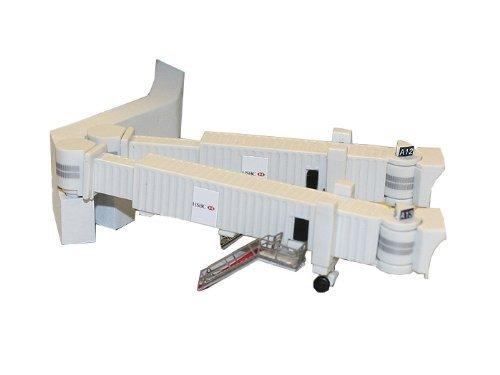 Gemini Jets Airbridge Set 2 with 3 Dual Widebody Jet Bridges and Airport Adapters, 1:400 Scale Model: GJARBRDG2