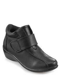 Pour un confort plus Lilley Noir Velcro Cheville de coffre