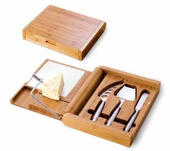 (Picnic Time Soiree Folding Cheese Board and Tools Set)
