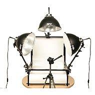 - Smith Victor TST-F3, 3 Light Fluorescent 1050 Watt (Tungsten Equivalent) Shooting Table Kit