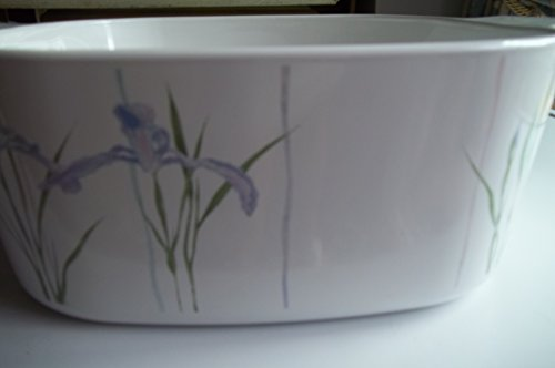 Corning Ware A-5-B 5 Quart Shadow Iris with Pyrex lid