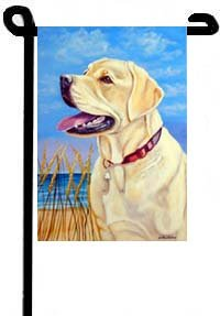 Yellow Lab - Beach - 11 in x 15 in Garden Flag ()