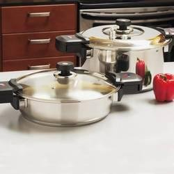 9 & 4 Quart Prssre Cooker 12el from Charlie