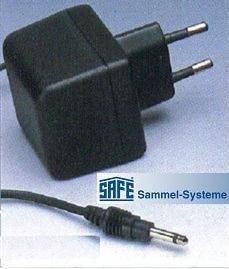 SAFE Nr. 1061 Adapter Netzgerät für 220 - 240 Volt für den SAFE 1061 UV MULTI Prüfgerät Kombination von Lupe 2.5 fach mit 4 Watt UV - Ideal zum prüfen von Geldscheinprüfer Banknotenprüfer