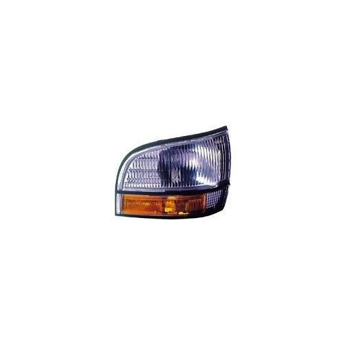 Lesabre Buick Fender Front (Make Auto Parts Manufacturing - PASSENGER SIDE FRONT SIDE MARKER LIGHT ASSEMBLY; CORNER OF FENDER; - GM2551147)
