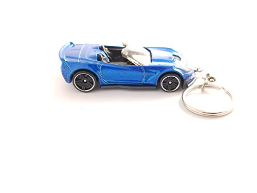 Chevy Diecast Hot Wheels Keychain 1/64 Scale (Corvette C7 Z06 Convertible Blue Keychain)