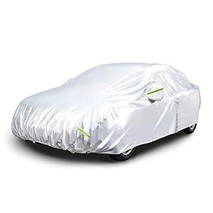 Amazon Basics – Funda resistente a la intemperie para vehículo, poliéster de tipo Oxford de 150D, para sedanes de hasta 400cm, Plateada