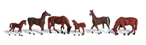 Chestnut Horses HO Scale Woodland Scenics 00201842 WOO1842