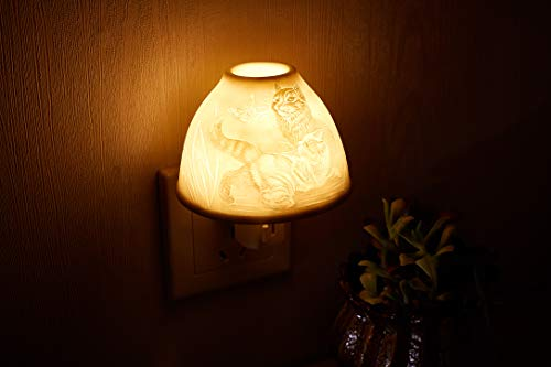 Decorative Night Light,Wall Lamp Bedside Lamp,Wall Mounted LightsCat Hand-Made White Porcelain with Essential Oil Aromatherapy Furnace,Bedroom Kitchen Hallway Nursery Wall Plug in Night Light