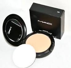 Amazon.com: Mac Studio Fix Polvo plus Foundation nc42 (BNIB ...