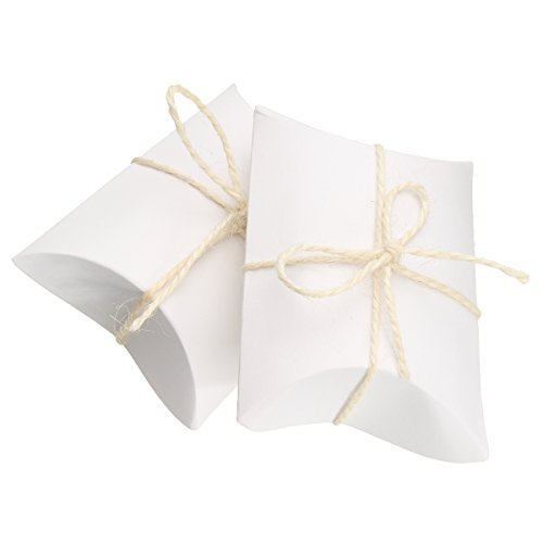 50 Pcs Kraft 9X6.5cm Cute Pillow Candy Box Wedding Party Favor Gift Paper Boxes With Rope (white) ()