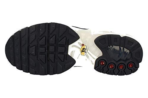 219f194ae85 Amazon.com  NIKE Air Max Plus Big Kids  Clothing
