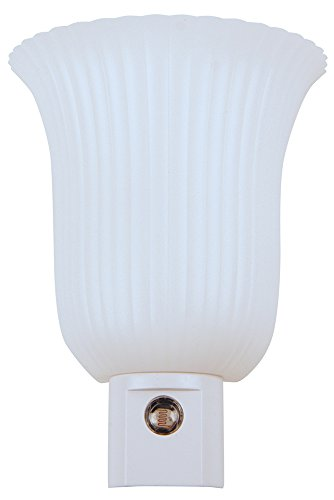 Meridian Electric 10256 LED Auto on When Dark Night Light, S
