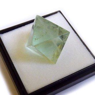 Octahedral fluorite M size fluorite mineral specimens (japan import) Tokyo Science