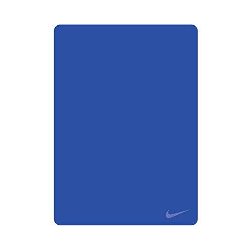 Nike Hydro Towel Hyper Cobalt