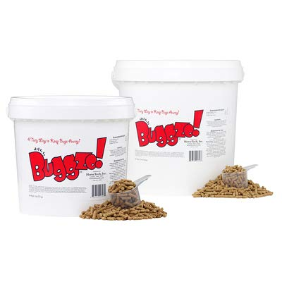 BUGGZO! Feed-Through Fly Control Pellets. Tasty Blend of Garlic Sources and Apple Cider Vinegar Fortified with Thiamine, B-Complex Vitamins, Diatomaceous Earth and Grapeseed Extract. (10 LB)