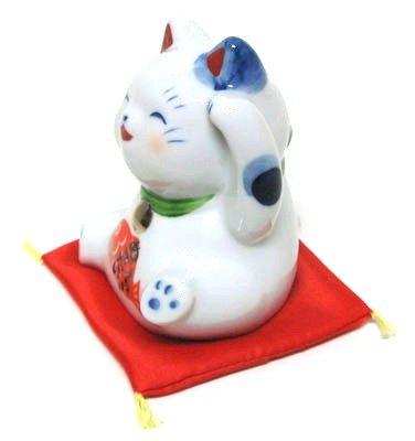 Handicrafts Yakushi kilnµ•Ÿcat auspicious beckoning cat