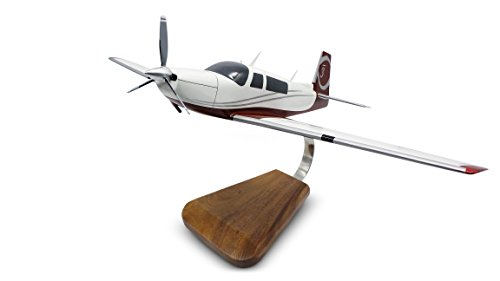 PilotMall.com Mooney Ovation 3 Mahogany (Mahogany Model Aircraft)