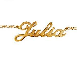 Collier grand prénom découpé en plaqué or (prénom modifiable).