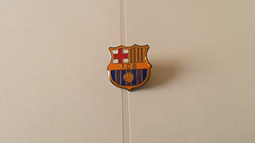 - Fc Barcelona Soccer Football Badge / Emblem / Logo Pin Button