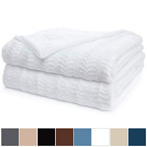 The Connecticut Home Company Original Luxury Faux Fur Bed Throw Blanket (King Size 108x90) Soft, Large Plush Reversible Blankets, Warm & Hypoallergenic Washable Throws for Beds, Microfiber (White)