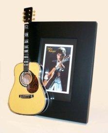 JOHN MAYER Miniature Guitar Photo Frame ()