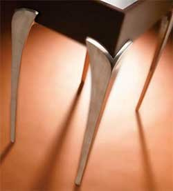 27-1/4'' V-Shaped Aluminum Coffee Table Leg - Polished Aluminum