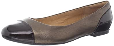 Clarks Women's Valley Moon Flat,Bronze,7.5 W US