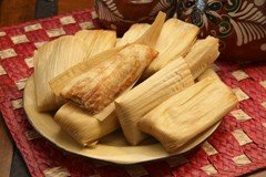 Del Real Foods Gourmet Chicken Tamales In Red Sauce by Del Real