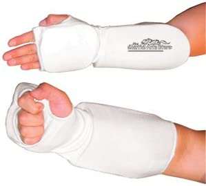 PROWIN CORP New Martial Arts Elastic Cloth FIST and Forearm Padded Guard TKD Karate Pair
