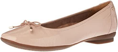 Clarks Women's Candra Light Flat