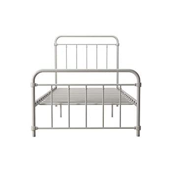 Amazon Com Homelegance Lia Tranditional Metal Platform Bed Twin