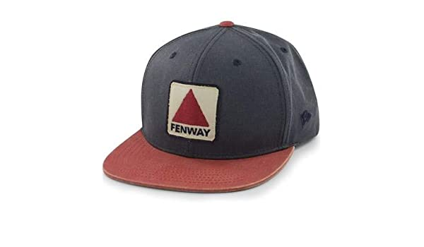 dae81b2eaaa5e6 Chowdaheadz Fenway Patch Dashboard Snapback Navy Hat at Amazon Men's  Clothing store: