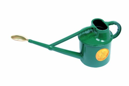 Bosmere Haws Deluxe Plastic Watering Can, 1.8-Gallon/7-Liter, Green ()