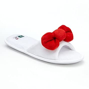 745cf0e7d Amazon.com : Earth Therapeutics Hello Kitty Bow Aloe Slip-on Spa Slippers  (L/XL 9-11, White) : Beauty